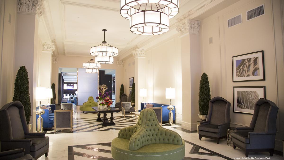 Embassy Suites Louisville - Lobby